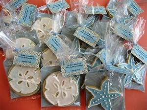 Getting married at beach wedding favor ideas for Beach themed wedding favors