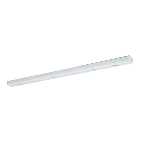 plug in under cabinet led lighting shop amax lighting 30 in hardwired plug in under cabinet