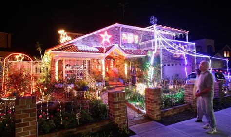 tacky christmas lights displays   huffpost