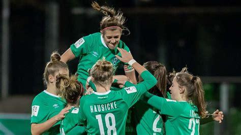 Werder bremen bastelt mit trainer markus anfang am wiederaufstieg. Werder Bremen: Frauen steigen in Bundesliga auf - durch Saison-Abbruch   News