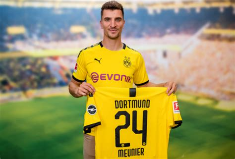 Official: Borussia Dortmund Sign Paris Saint-Germain Star ...