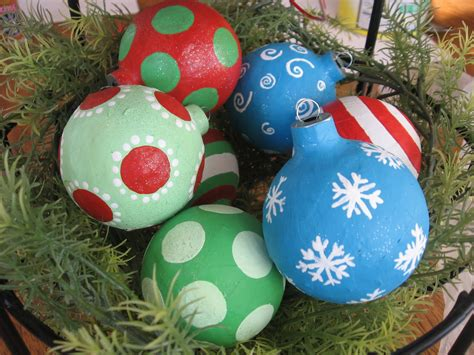 chrismas paper mache ornaments blue cricket design