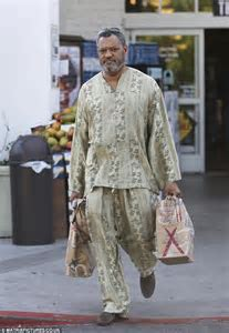 Laurence Fishburne Stays Cool In A Bold African Inspired Ensemble Daily Mail Online