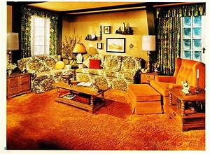 The Images Collection of Bedroom decor woodforest 70s ...