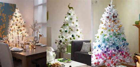 decoracion de arboles de navidad blancos