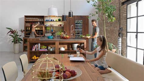 Loft Der Moderne Lebensstilmauerwerk Und Holz In Loft by Loft K 252 Che Die Moderne Landhausk 252 Che Aus Reinem