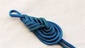 Learn How To Tie A Decorative Paracord Teardrop Knot  Pipa