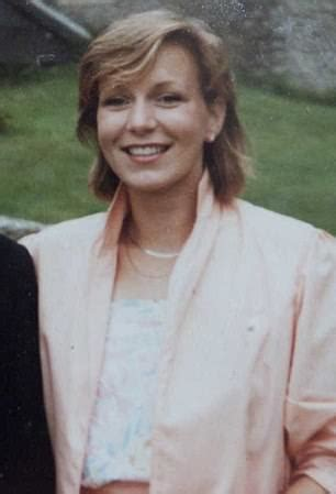 Police investigating Suzy Lamplugh murder dig up field ...