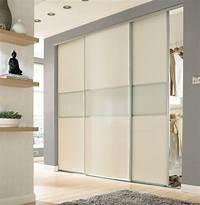 magnificent dressing room closet design 16 Magnificent Closet Designs With Sliding Doors