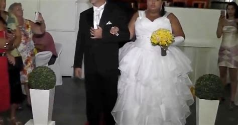 walking down the aisle is not impressed when dj changes wedding music to hip hop track