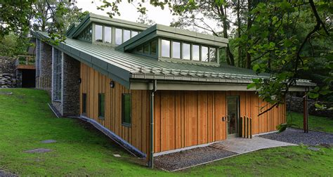 Poltrona A Dondolo Tower Wood : Tower Wood Activity Centre
