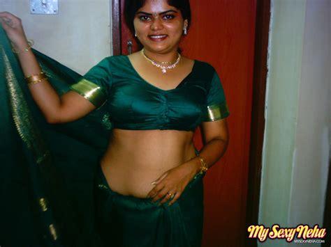India Nude Neha In Traditional Green Saree Xxx Dessert