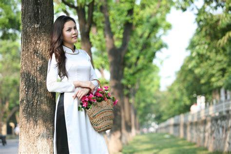 Keunikan Pakaian Ao Dai Dari Vietnam