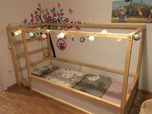 Ikea Mädchen Bett : ikea kura hack baby room pinterest ikea kura bed kura bed und ikea kids bedroom ~ Cokemachineaccidents.com Haus und Dekorationen