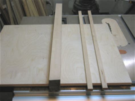 Crosscut Sled For The Table Saw  A Simple Table Saw Sled