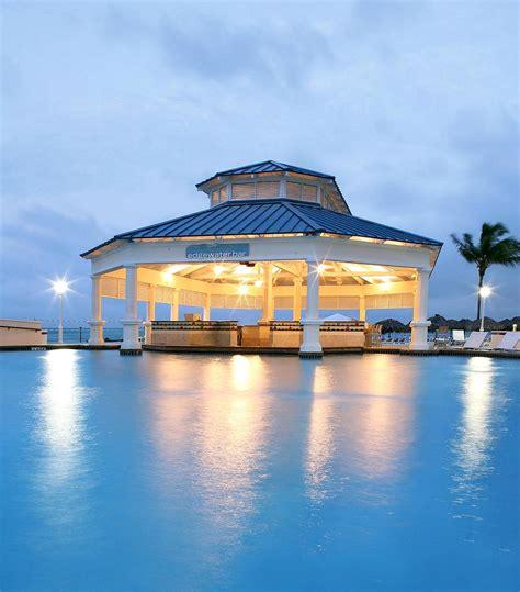 Sheraton Nassau Beach Resort & Casino, Bahamas  Reviews. Hotel Montarto. Beachfront Paua Cottage. Landhotel Krone. Hotel La Perla. Hotel Terme. Villas Monte Solana Hotel. Hotel De La Ville Monza Small Luxury Hotels Of The World. Real De Minas Queretaro Hotel