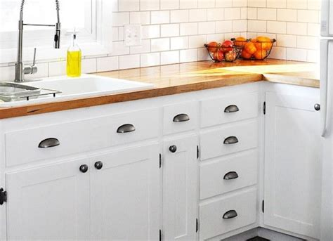 hardware for white kitchen cabinets diy kitchen cabinets simple ways to reinvent the kitchen 7004