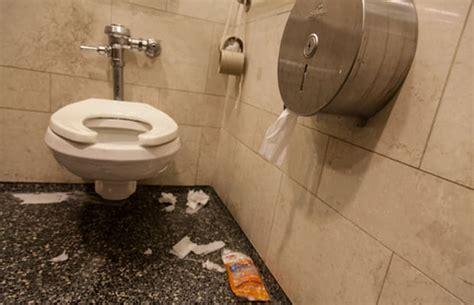 grand central food court   worst public bathrooms