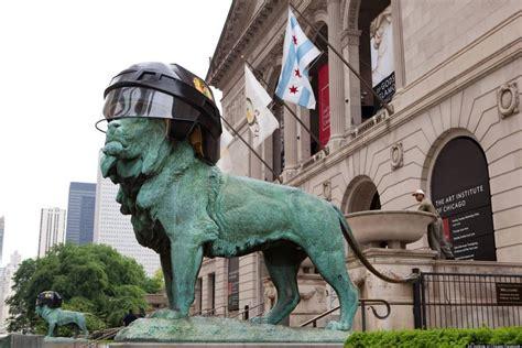 art institute lions don blackhawks helmets
