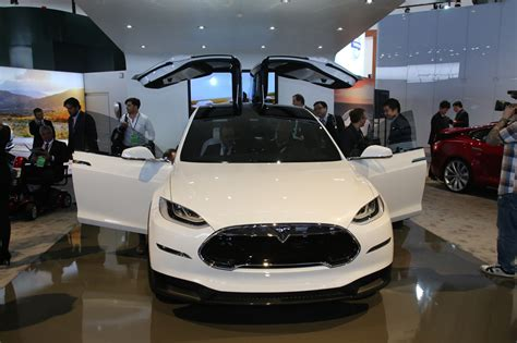 tesla jeep concept new tesla model x hands on review six reasons it 39 ll shake
