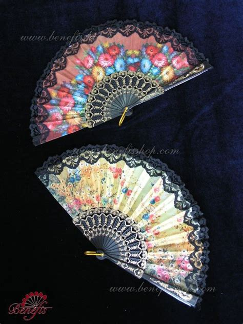hand fan in spanish 1264 best fans images on pinterest hand fans hand held