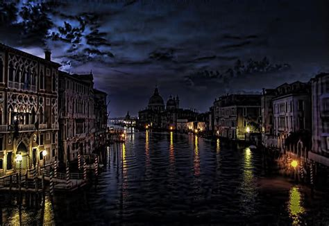 venice  night shutterbug
