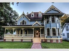 Victorianstyle Heights home is a lifesize dollhouse