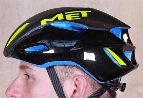 16 Of The Best High-performance Helmets That Combine Light
