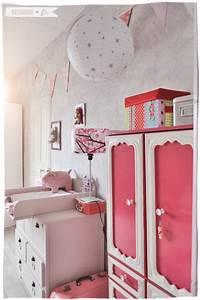la chambre de lily rose le coin a langer ranger zess With tapis chambre bébé avec robe vintage fleurie