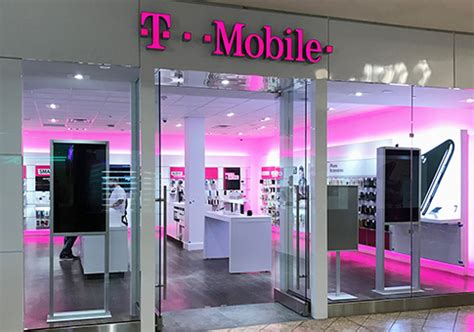 3 mobile store locator t mobile hours 2018 open closed location near me
