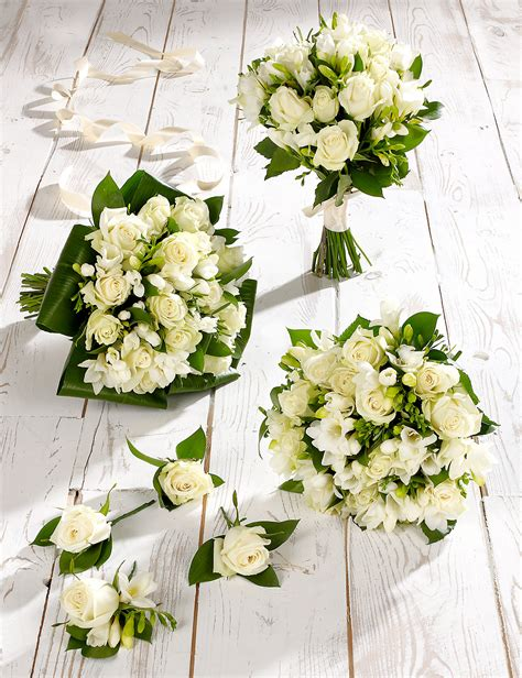buy cheap freesia  rose bouquet compare fragrance