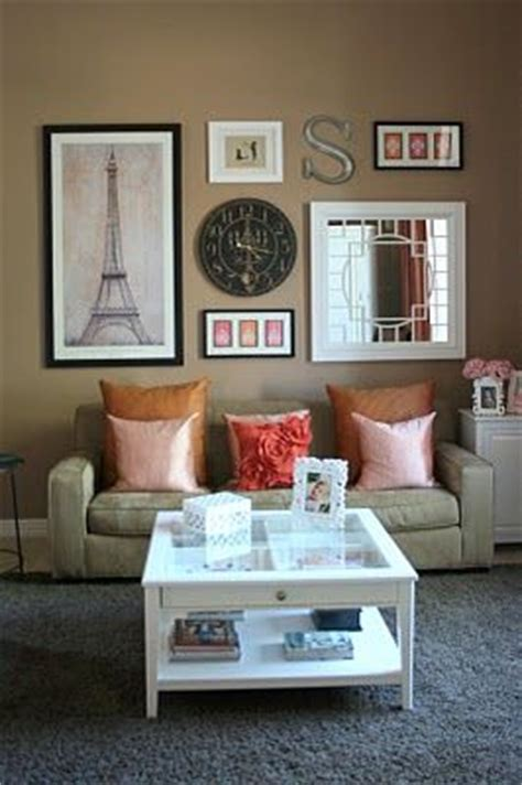 Paris Themed Living Room Decor by Guest Post My Feature At Le Papier Studio Wall Decor