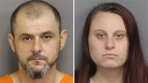 South Carolina Dad And Daughter Charged With Incest After