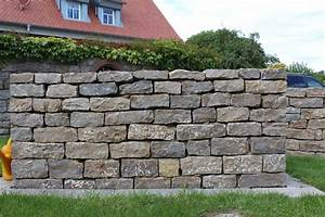 Mauersteine Garten Preise : muschelkalk mauersteine zg raiffeisen baustoffe ~ Michelbontemps.com Haus und Dekorationen