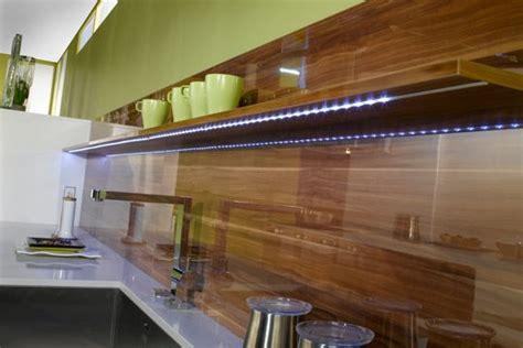 cr馘ence cuisine verre leroy merlin credence cuisine maison design bahbe com