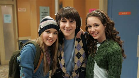 Definitive Proof Loliver From Hannah Montana Is Still