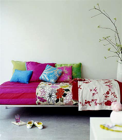 Cuscini Colorati Per Divani Cuscini Per Divani Cuscini Colorati E Ancora Cuscini