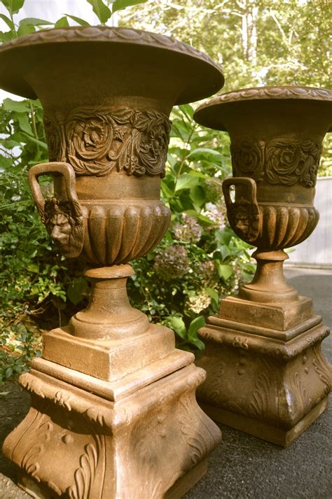 22 best images about urns on outdoor living