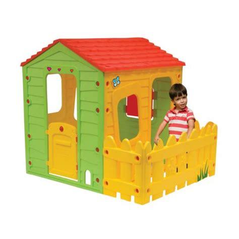 habitat et jardin cabane enfant en pvc fermette 1 18 x