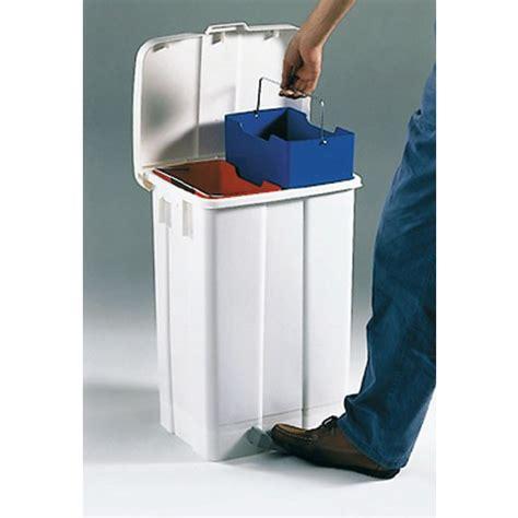 poubelle cuisine 50 litres pedale poubelle 50 litres à pédale poubelles et cendriers de