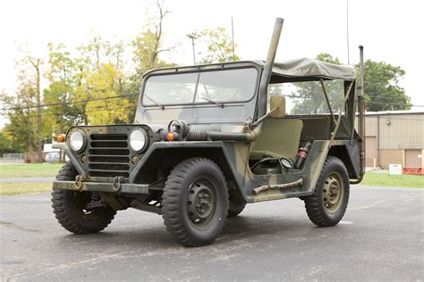 ford jeep 1968 ford m151a 4 x 4 military radio jeep nostalgic