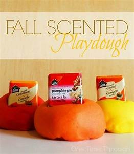 5 Senses Fall Playdough Ideas