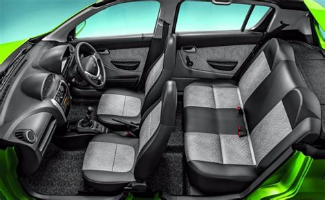 2016 maruti alto 800 facelift launched prices start at rs 2 49 lakh carandbike