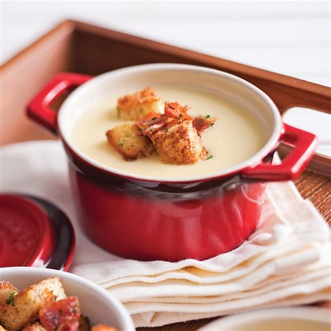 cuisine chou fleur velouté de chou fleur aux trois fromages recettes
