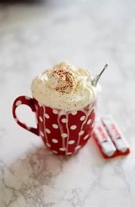 Backen Mit Kinderschokolade : kaffee mit kinderschokolade und sahne ricarda h ftmann ~ Frokenaadalensverden.com Haus und Dekorationen