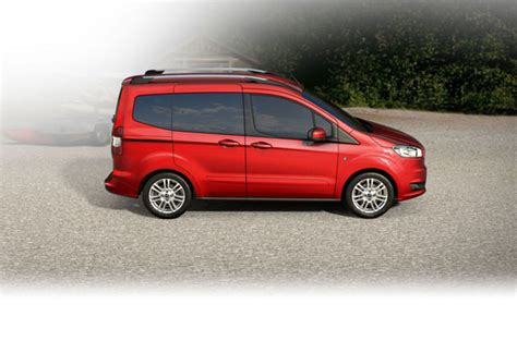Ford Courier 2020 by Ford Tourneo Courier 1 5 Tdci 75kw Titanium 2020 Prix