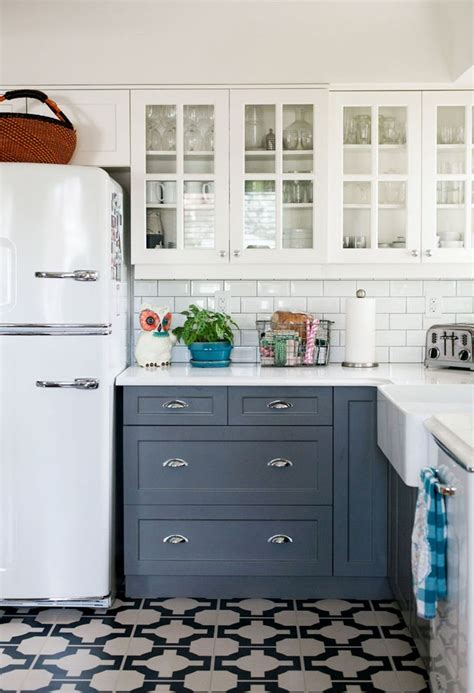 how to take kitchen cabinets 275 best decor kitchen images on kitchens 8915