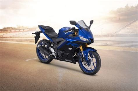 Yamaha R15 2019 Picture by Yamaha R25 2019 Price Spec Reviews Promo For September