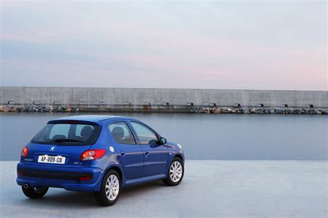 peugeot 206 price price of peugeot 206 2012 cars news and prices of cars