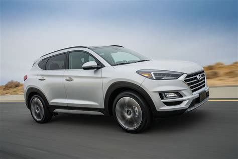 Tucson pushes the boundaries of the segment with dynamic design and advanced features. Hyundai Tucson Style vuelve con actualizaciones 2020